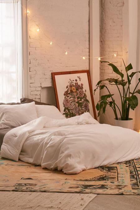 Contoh Desain Kamar Tidur Minimalis Ukuran 3x4 Menggunakan Kasur Lantai