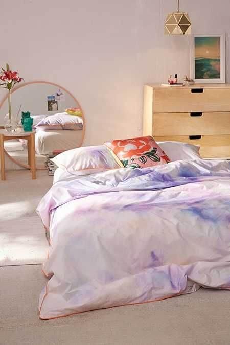 Ide Desain Kamar Tidur Minimalis Ukuran 3x4 Menggunakan Kasur Lantai