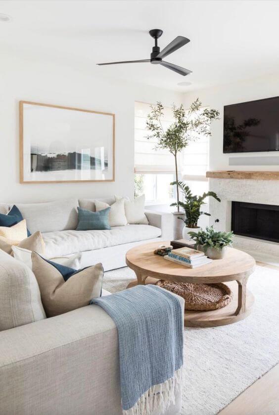 Contoh Desain dan Dekorasi Ruang Keluarga Minimalis Modern