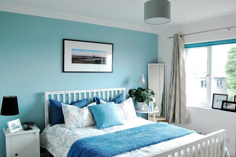 Warna Cat Kamar Tidur yang Menenangkan Swan Song (Biru Laut)
