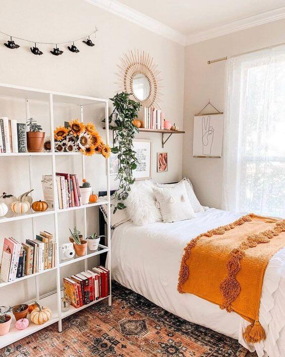 Dekor kamar tidur sederhana bunga