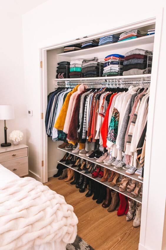 Dekor kamar tidur sederhana lemari aksesoris