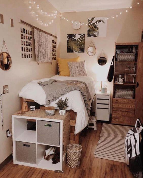 Dekor kamar tidur sederhana penuh