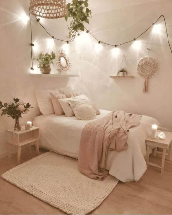 Dekor kamar tidur sederhana pink