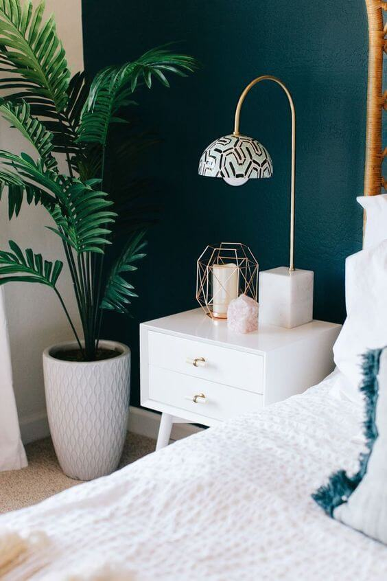 Dekorasi Kamar Tidur Sempit hijau tanaman