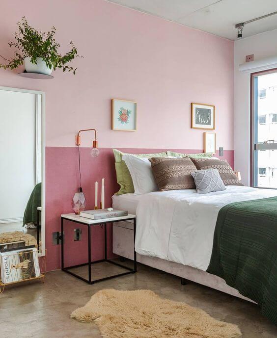 Warna cat kamar tidur romantis kekinian pink gelap-terang