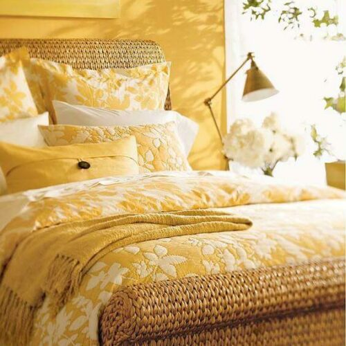 21 ❤️  Warna Cat Kamar Tidur Romantis Unik dan Menenangkan