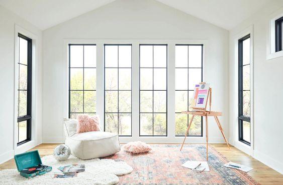 Jendela Ruang Tamu