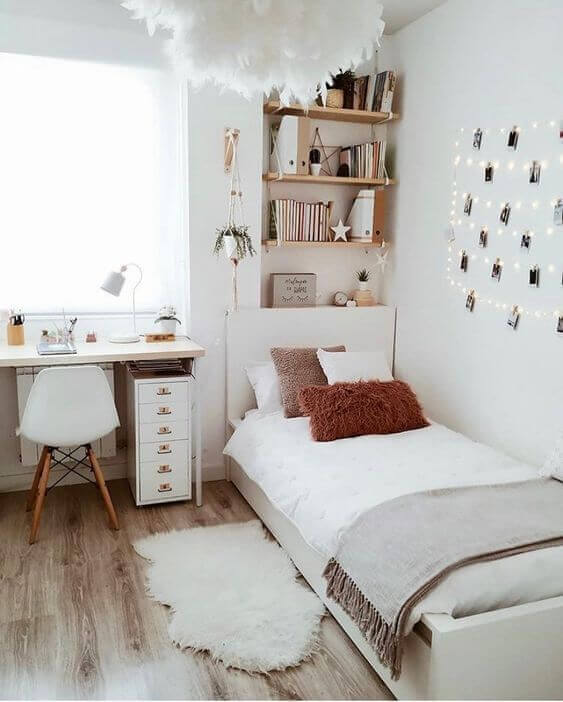 Cara menghias kamar tidur sempit- warna cerah