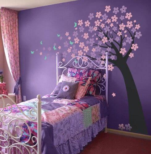 Dekorasi Kamar Tidur Anak Perempuan Sederhana ungu