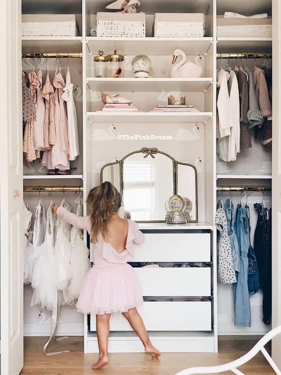 Desain Kamar Anak Perempuan lemari pakaian