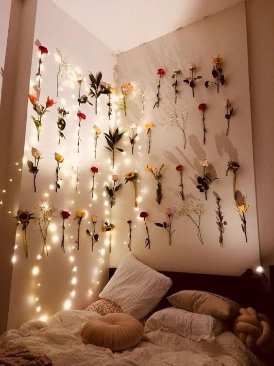 Cara menghias kamar tidur bunga - Lampu bunga